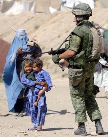 Soldato italiano inAfghanistan