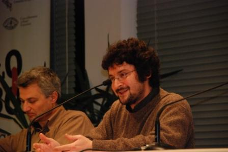 Alessandro Leogrande (sulla destra)